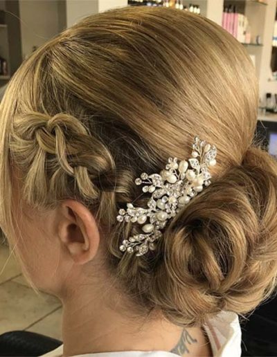 Hairup for a bride